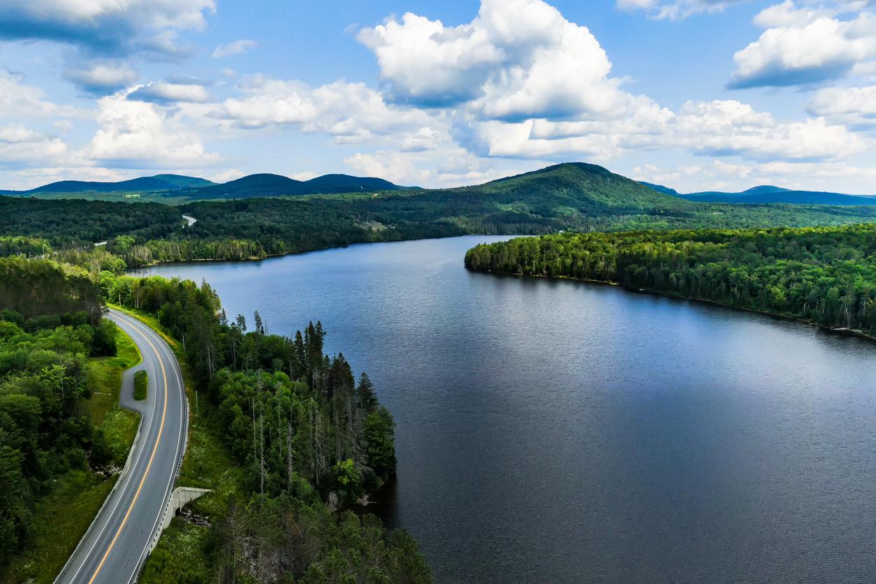 Road, Lake, Green Mountains, Vermont, Usa